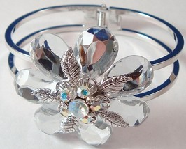 Flower_bangle_clear_2_thumb200