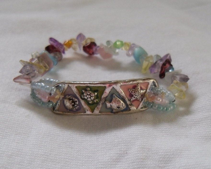 Colorful Beach Puka Bracelet Blue Pink Purple White Clear NEW