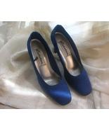 Royal_blue_statutes_ladies_heels__4__thumbtall