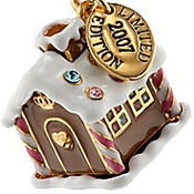 Juicy-coture-gingerbread-man-house-charm1_thumb175