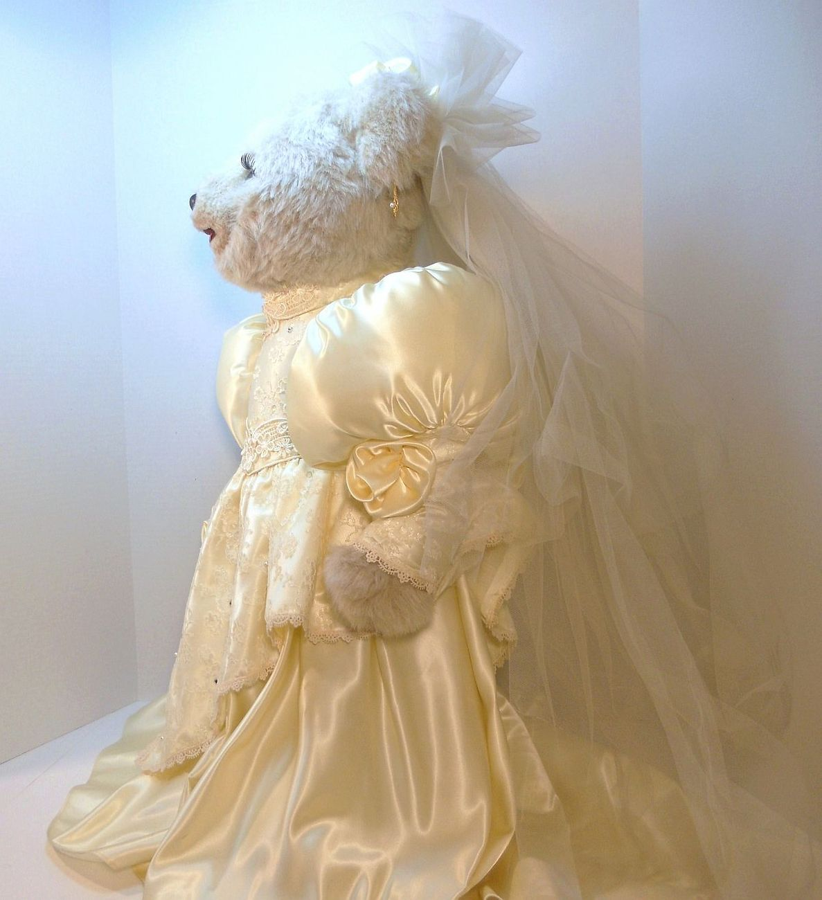 Image 3 of Tilly Collectibles Princess Nicole Wedding Bear 1990 QVC