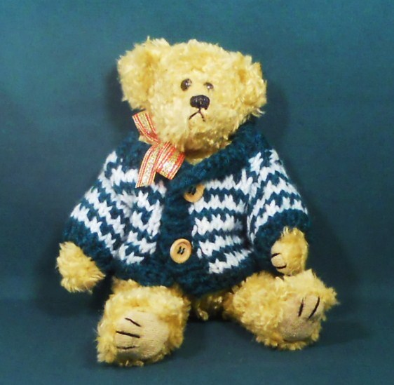 Holiday Teddy Bear 9 inch decorative accent gift