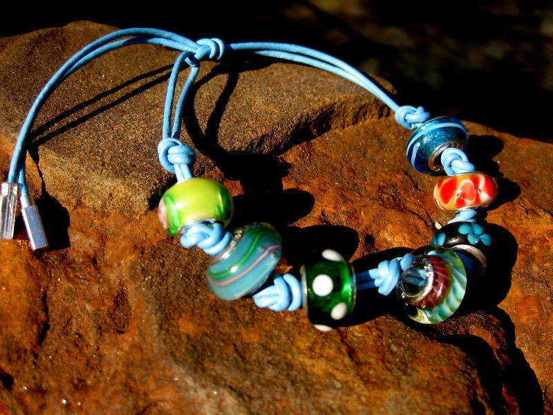 HAUNTED BRACELET/NECKLACE + 1 FREE SPELL CAST BEAD!