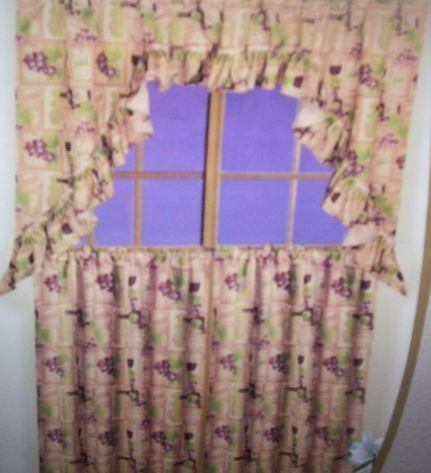 WINE AND GRAPE KITCHEN CURTAINS