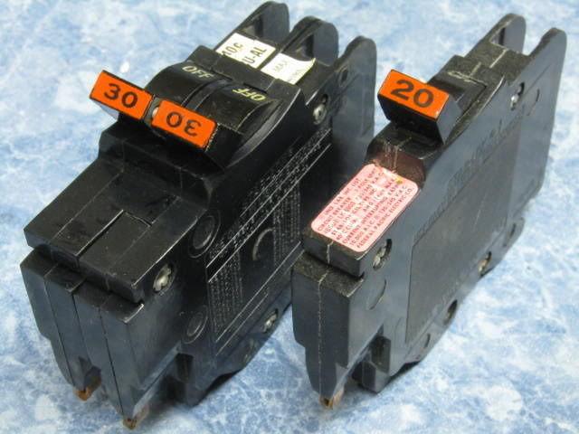 Federal Pacific Circuit Breaker Panel With Stablok Breakers