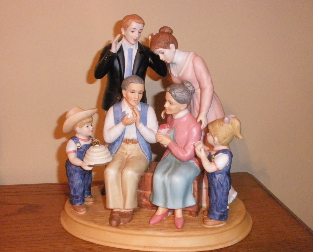 Denim days home interior family figurine new in box people Home interiors denim das