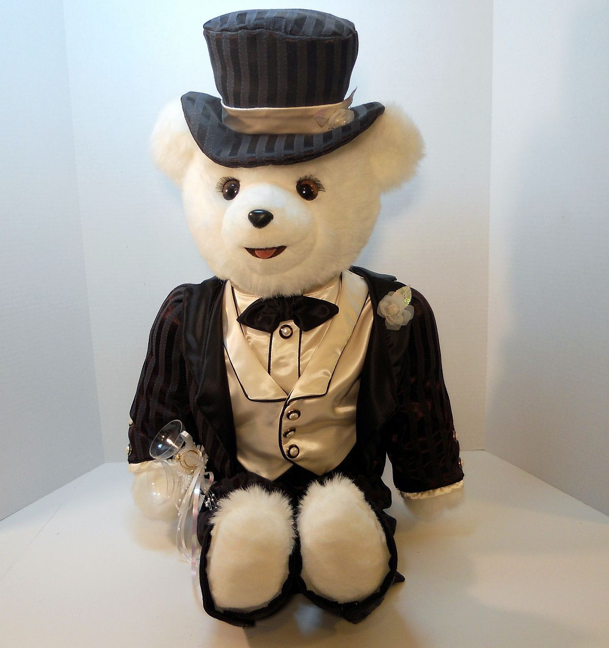 Image 0 of Lord Darlington Groom white Bear Tilly Collectibles 1990 US