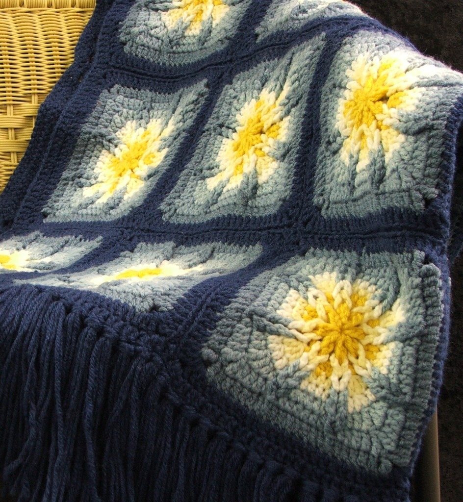 Free Amazing Star Crochet Pattern : Crochet Pattern Leaflet AMAZING STAR AFGHANS Very Unique ...