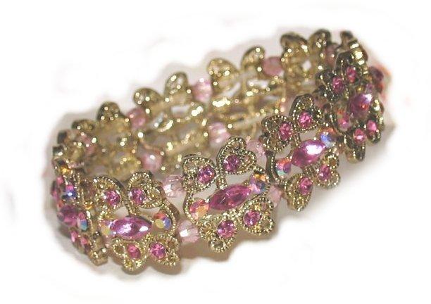 Bracelet-pink-crystal-hearts-tilt