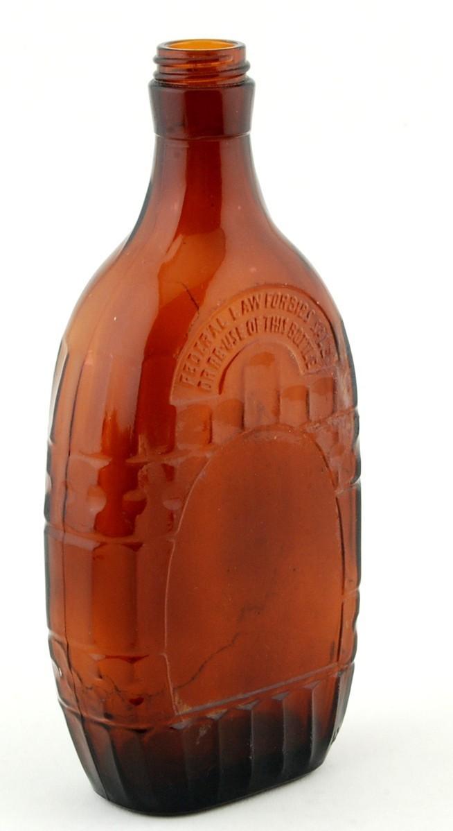 Bottle_brown_whiskey_anchor_hocking_angled