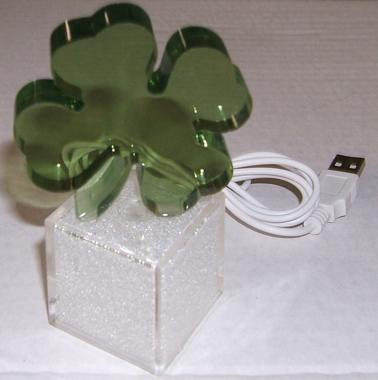 USB Color Changing Shamrock