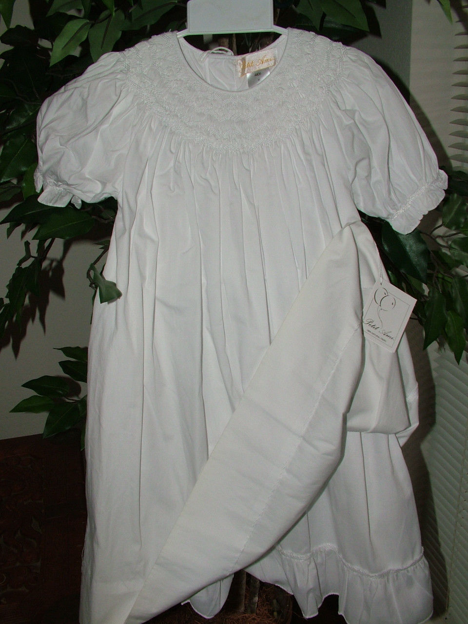 Image 4 of Gorgeous Petit Ami White Heirloom Boutique Lined Party Dress, Wedding - White -