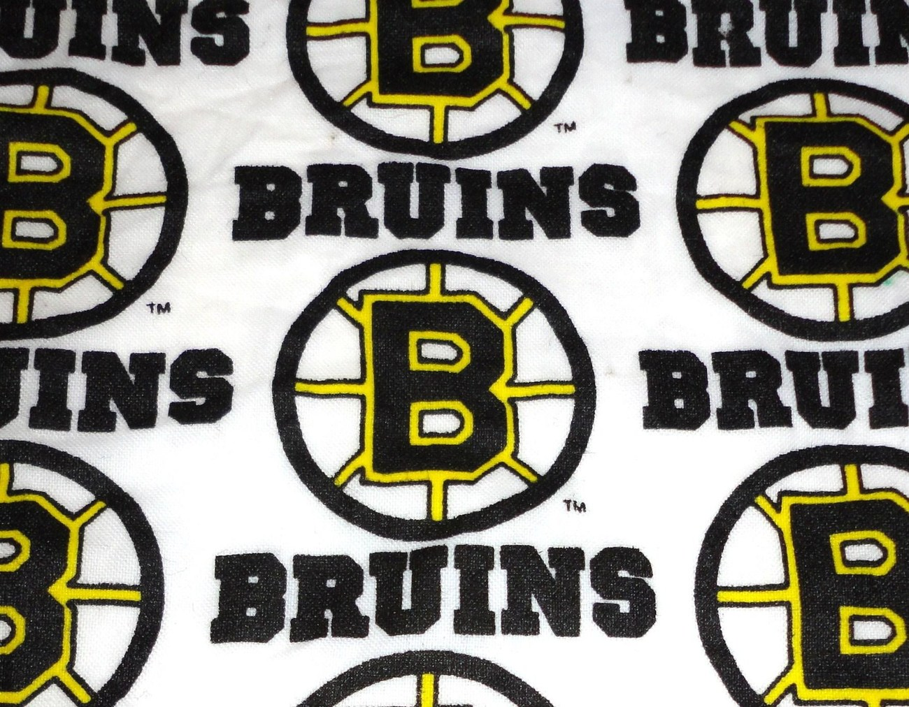 Boston Bruins NHL cotton fabric scrap remnant crafts