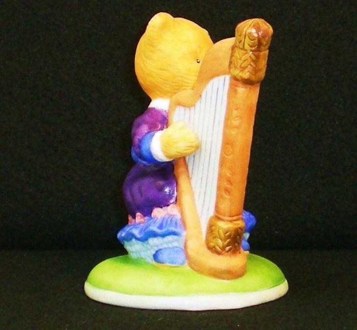 Image 4 of Hotel Teddington Honey Quaver porcelain bear figurine 1986