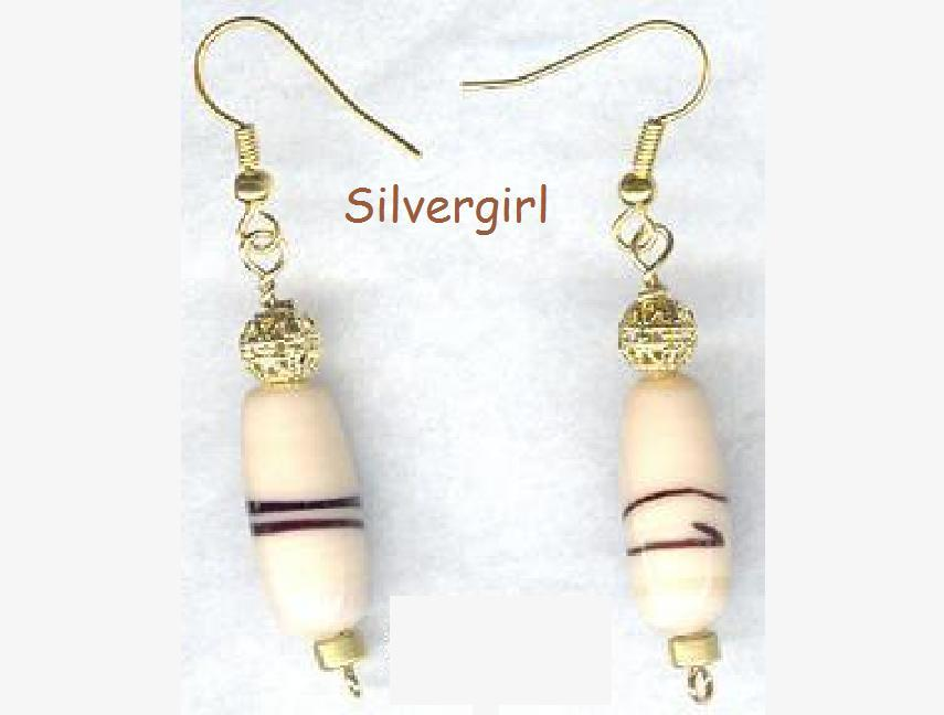 Vintage Lampwork Cream Brown Glass Beaded Earrings