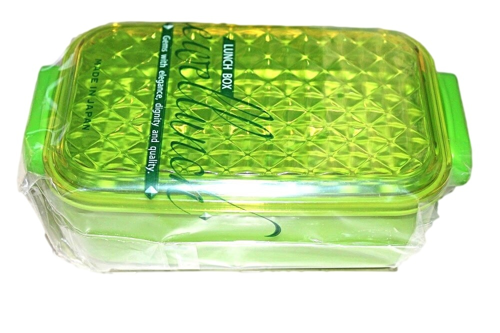 green bento lunch box made in japan japan bento supplies. Black Bedroom Furniture Sets. Home Design Ideas