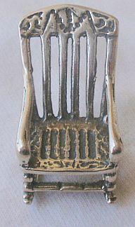 Rocking chair miniature A