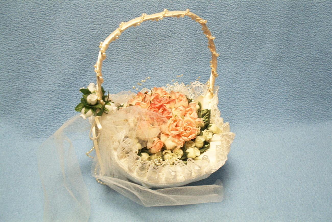 Flower Girl Baskets Nz : Victorian style flower girl basket brand new