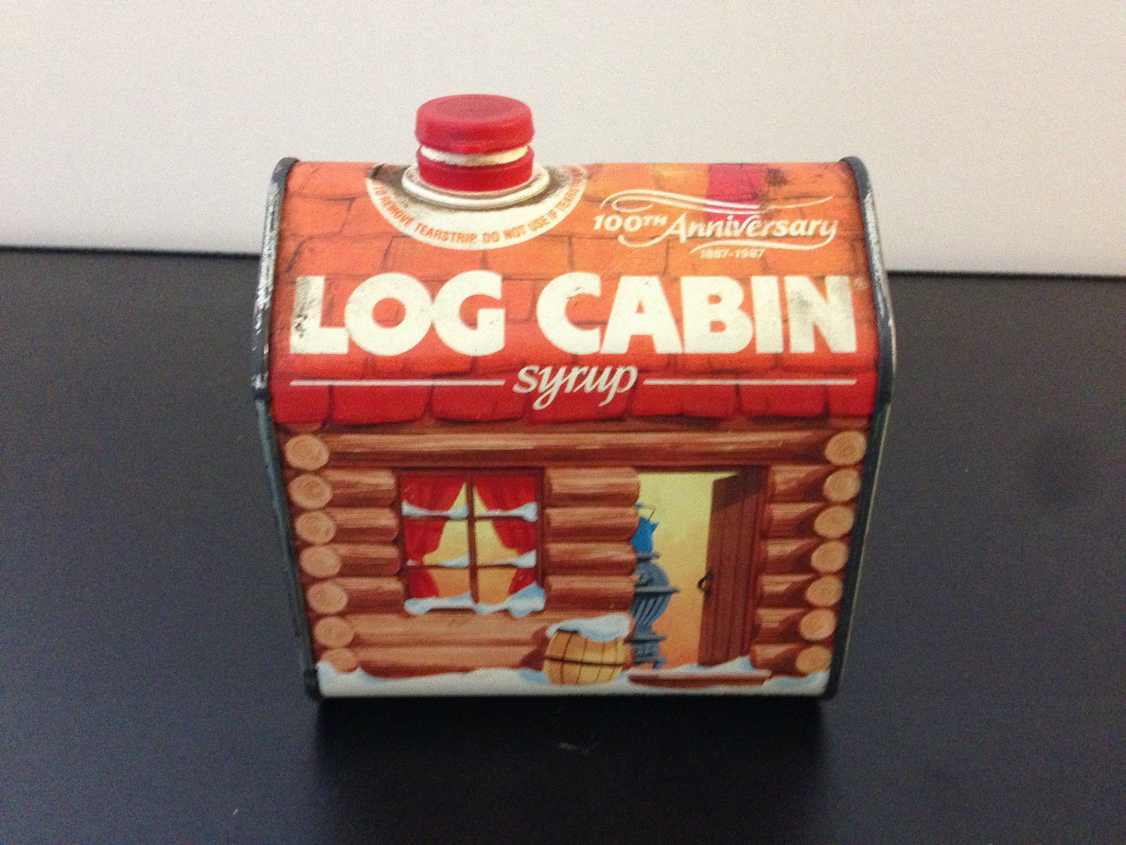 Very Impressive portraiture of Vintage 1987 Log Cabin Syrup Tin Container / 100th Year Anniversary  with #A64925 color and 1600x1200 pixels