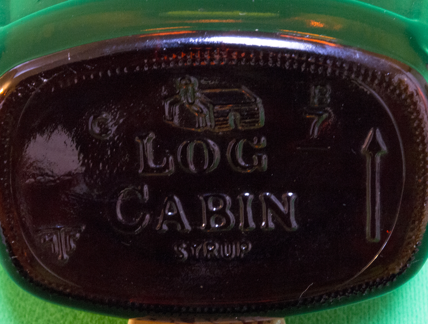 Log cabin syrup bicentennial brown bottle and eagle