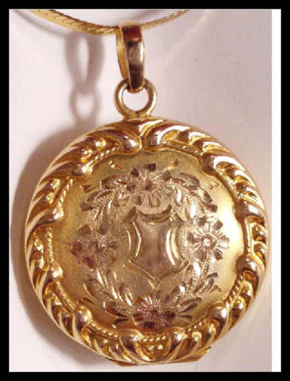 14kt gold antique victorian locket necklace vintage. Black Bedroom Furniture Sets. Home Design Ideas