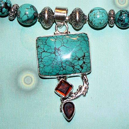 Turquoise and Garnet Necklace with Pendant in .925 Silver Bonanza