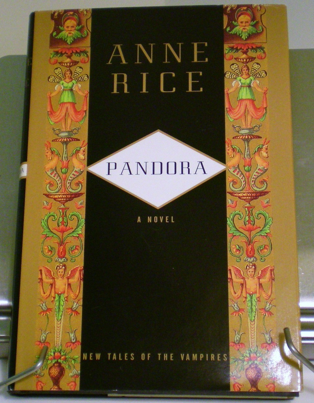 Image 0 of Pandora: New Tales of the Vampires by Anne Rice 1998