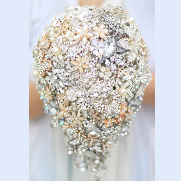 Wedding Brooch Bouquet Nz : Bride s drop brooch bouquet diy wedding silver gold