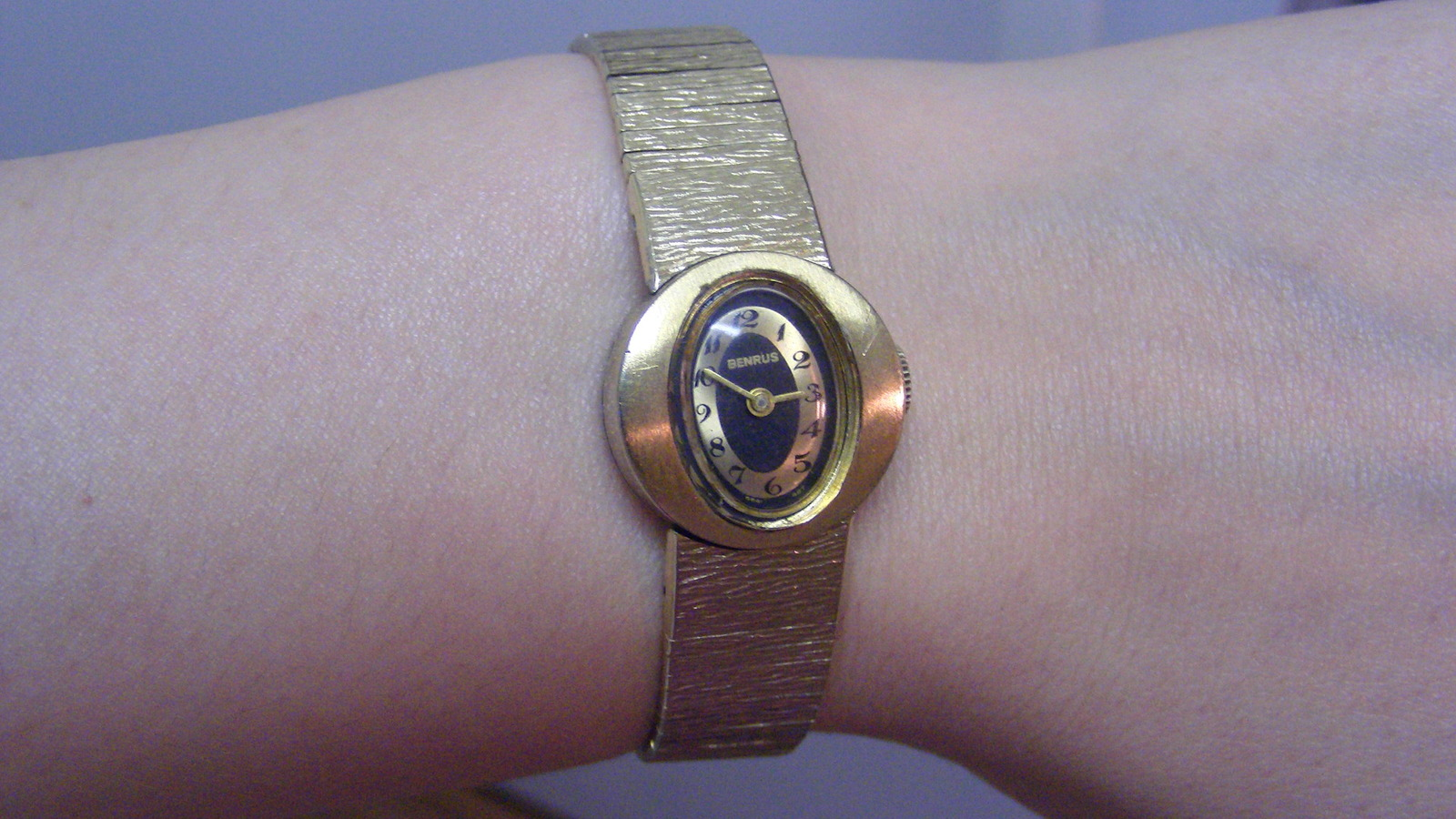 Vintage Benrus 17 jewels 10K RGP Bezel Ladies Watch with 1/20 10K GF Bracelet