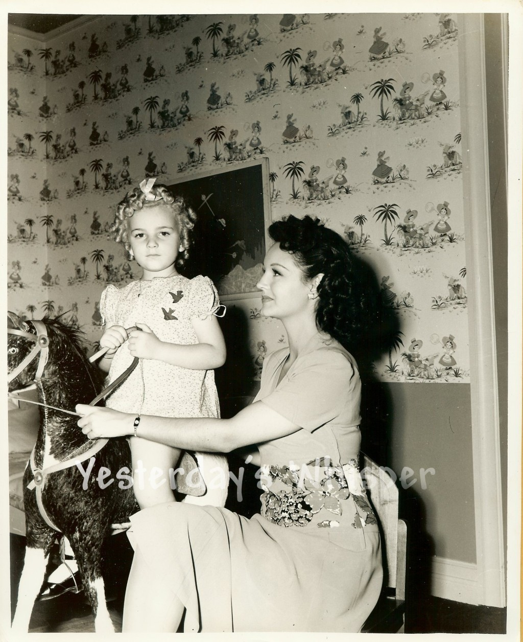 Rochelle Hudson Child Star Gloria De River Toy Horse c.1941 Original Photo