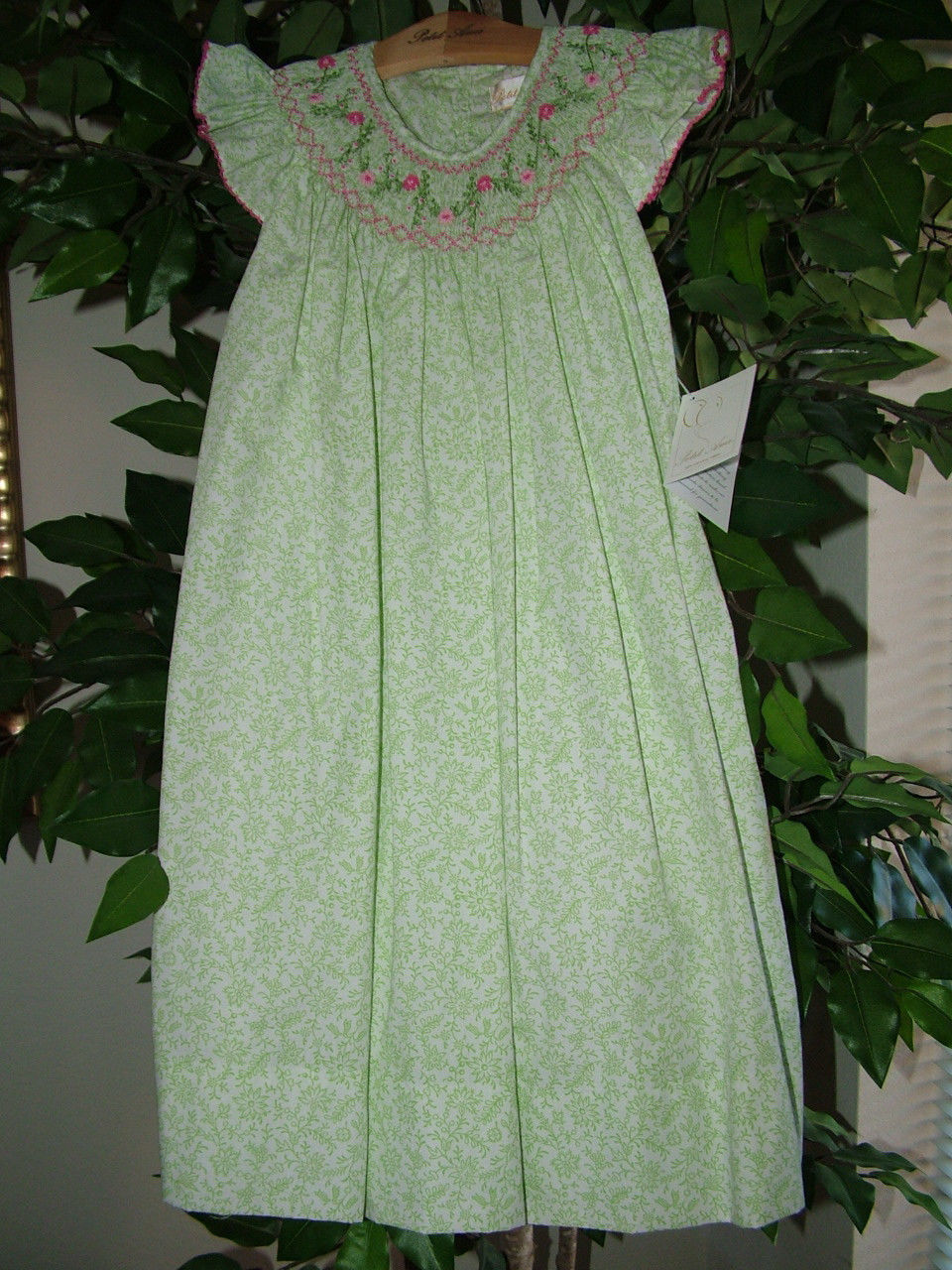 Image 1 of Posh Sweet Beautiful Angel Sleeve Green Floral Petit Ami Gold Girl Smocked Dress