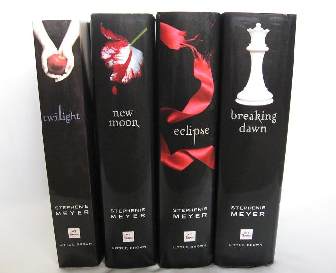 Risultato immagine per libri twilight