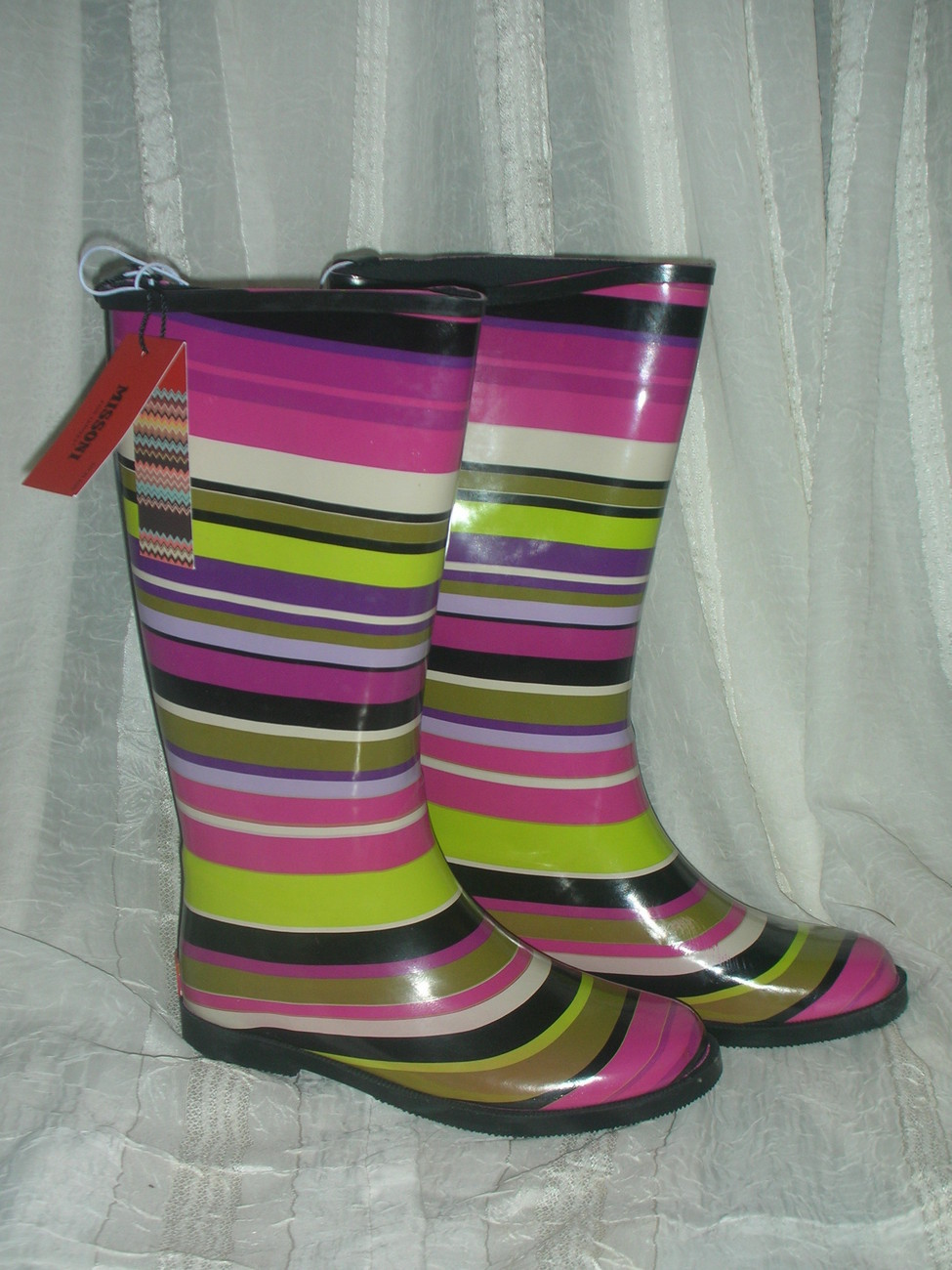 Missoni_for_target-girls-magenta_strips-rainboots__4_