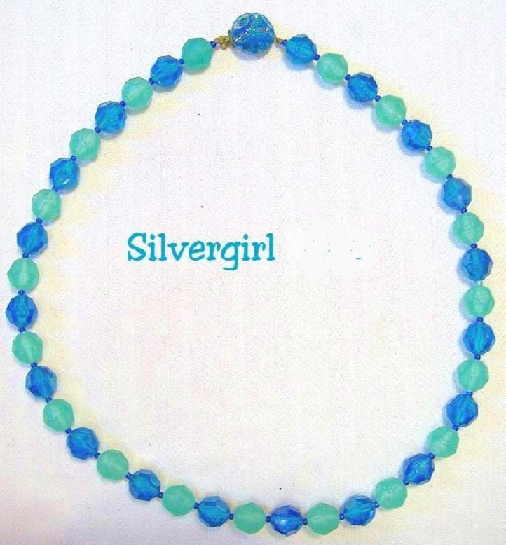 Vintage Blue Green Gold Tone Plastic Beaded Necklace  Unbranded