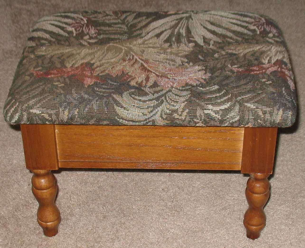Floral Tapestry Footstool w/ Storage