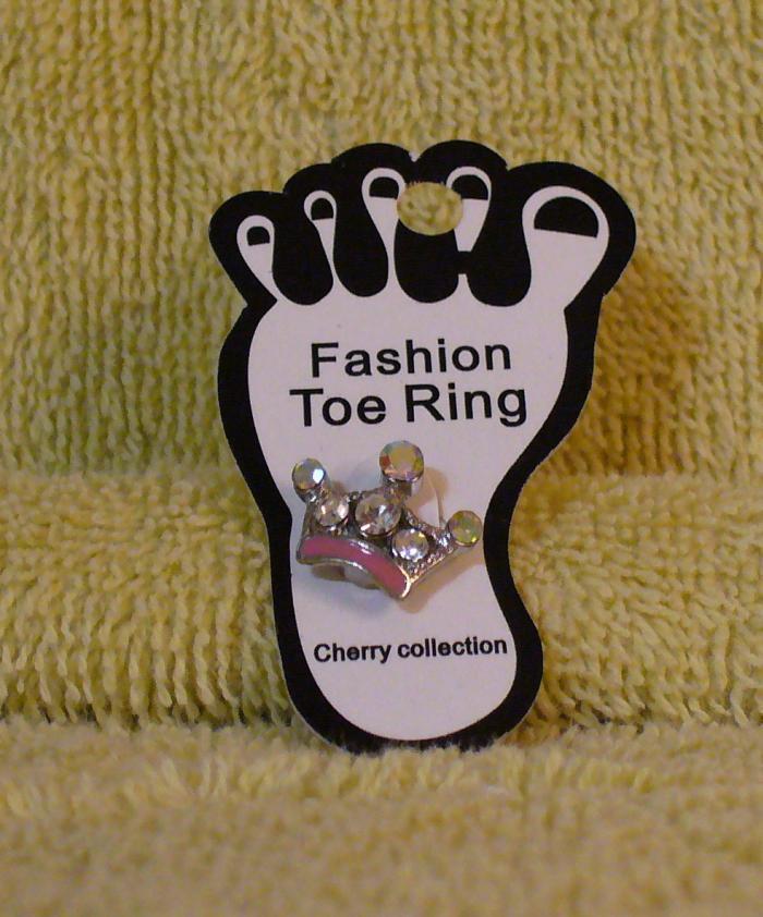 CLEAR CRYSTAL CROWN Toe Ring Bonanza