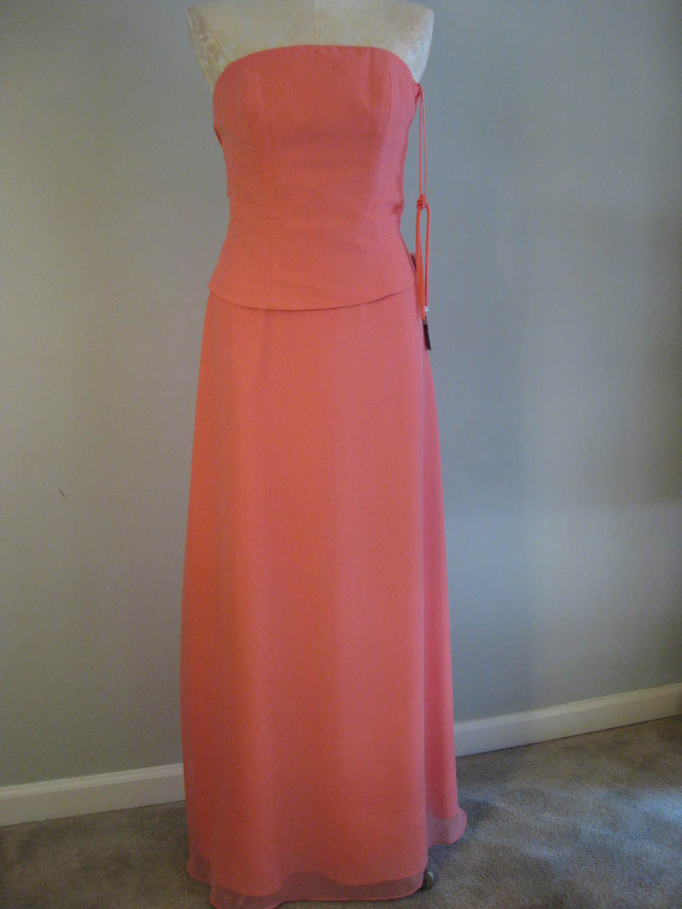 Peach Formal Gown By Jordan Size 6 NWT