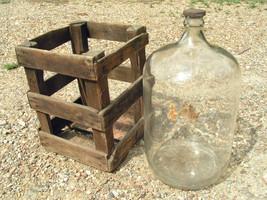 Antique_distillata_water_jug_thumb200