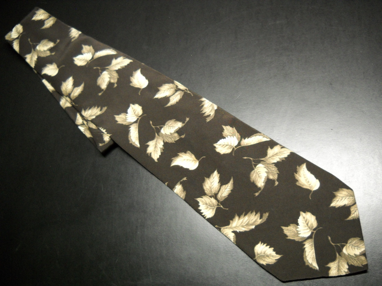 Structure Mens Dress Neck Tie Subdued Brown Monotones of Falling Leaves Silk Structure
