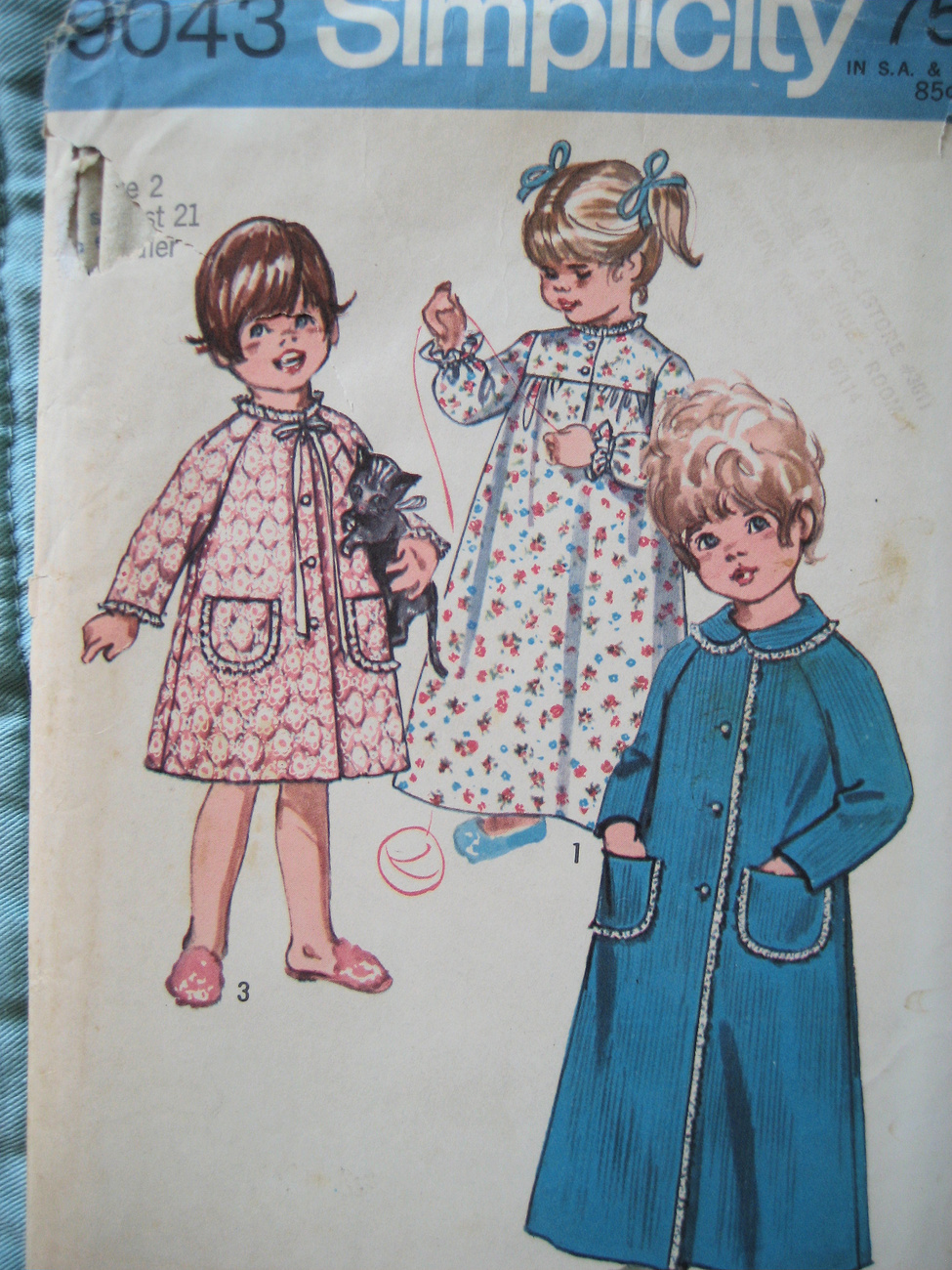 Vintage Sewing Pattern Girls Size 2 Nightgown Robe S9043 Simplicity New Look