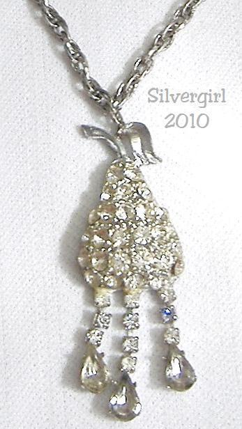 Vintage Antique Sparkly Rhinestone Pear Shape Necklace Unbranded