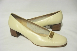 Salvatore_ferragamo_leather_pumps_shoes_heels_ivory_thumb200