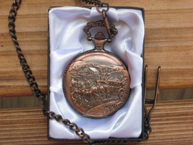 Pocket Watch Mens Western Stagecoach on Lid Cowboy Country Ranch