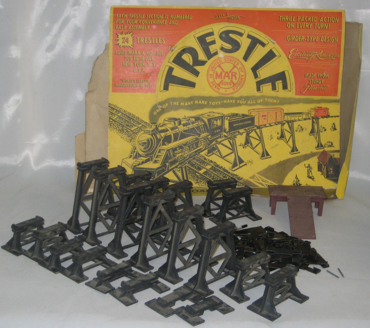 Marx Railroad Trestle Set #1412 & Original Colorful Box