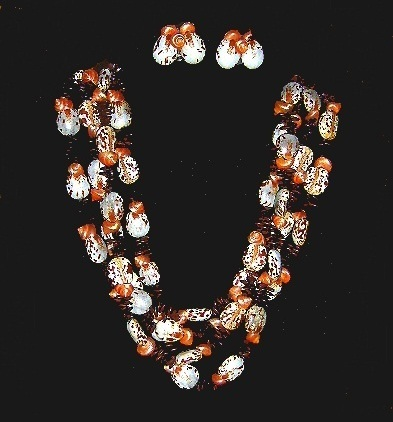 Shell and Seed Necklace C1960s Bonanza