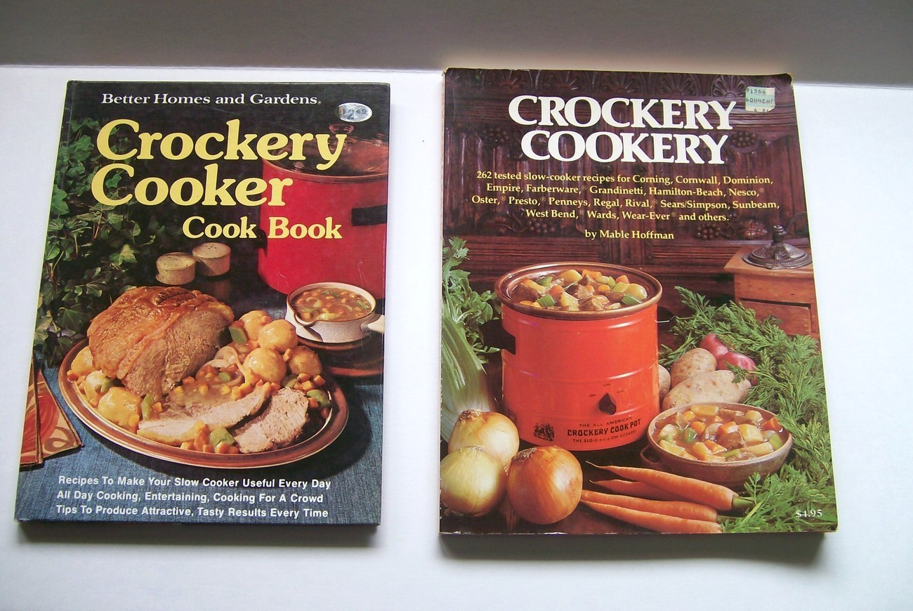 Two Cookbooks Crockery Slow Cooker Recipes Better Homes and Gardens