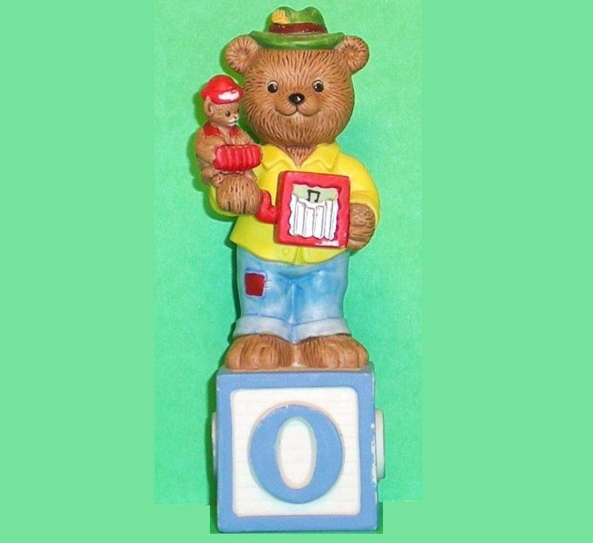 Alpha Block Bears Bronson Collectibles block O 1993