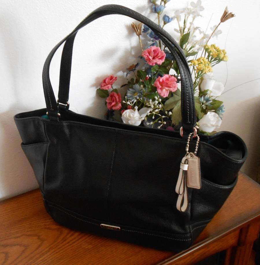 NWT Coach Park Black Pebbled Leather Carrie Tote Shoulder Bag F23284