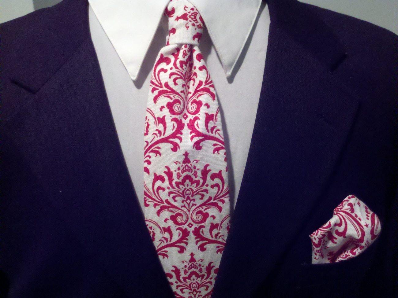 Men's Damask Tie and Pocket Square Hanky Set- Red and White  Bonanza