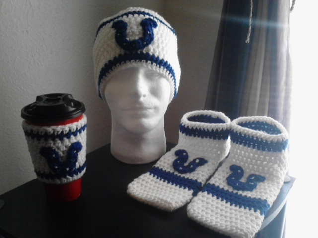 Men's Crochet Indianapolis Colts Beanie, Footies & Coffee Cup Sleeve
